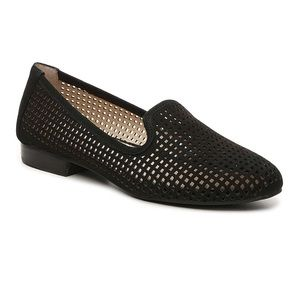 ADAM TUCKER me too | Yale Laser Cut Leather Loafer